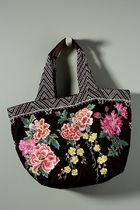 Floral Embroidered アンソロポロジーベルベットトートバッグ