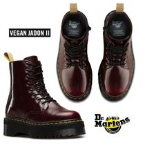 SALE 関税込み! Dr. Martens Vegan Jadon II 8-Eye Boot