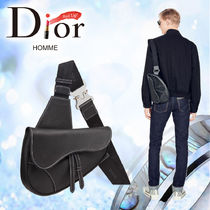 "2019SS【DIOR HOMME】ブラック カーフスキン ""SADDLE"" バッグ"