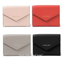 大人気新色☆Michael Kors☆Small Leather Envelope三つ折り財布