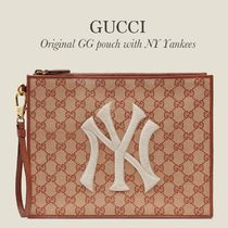GUCCI Original GG clutch with NY Yankees