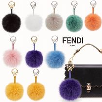 新作【FENDI】F IS FENDI* POM-POM CHARM ファー チャーム♪
