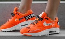 ナイキ エアマックス1★JUST DO IT★NIKE AIR MAX 1 LUX★Orange