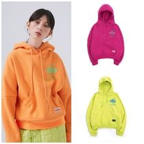 ANOTHER A(アナザーエー) パーカー・フーディ 日本未入荷ANOTHER AのGlobe Logo Hoodie 全3色