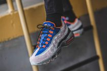 NIKE AIR MAX 95 KING OF THE MOUNTAIN シャンパン/国内発送