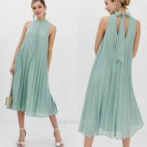 国内発送ASOS DESIGN high neck pleated broderie midi dress