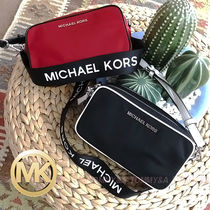 これは便利★MICHAEL KORS CAMERA BAG CROSSBODY 35S9S17M5C