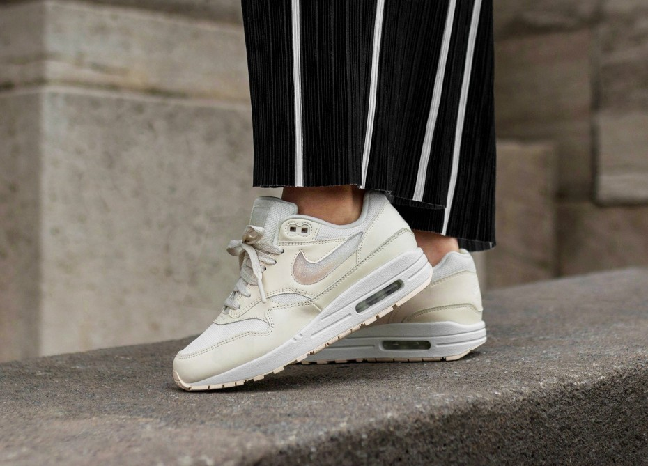 Nike AIR MAX 1 2019 SS Casual Style Street Style Plain Leather Low Top Sneakers (AT5248 100)