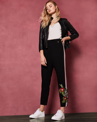 TED BAKER パンツ TED BAKERテッドベイカー★MADLYNE Floral detail trousers(5)