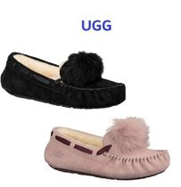 Sale!  UGG Dakota Pompom 手元在庫