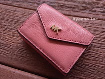 即発マイケルコースShiny Leather Trifold Flap Wallet 財布
