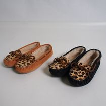 Minnetonka Leopard Cally Slipper モカシン[RESALE]