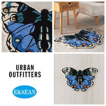 【Urban Outfitters】Butterfly Tuftedラグ
