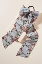 【Anthropologie】新作!可愛いPainterly Petals ScarfヘアゴムBl