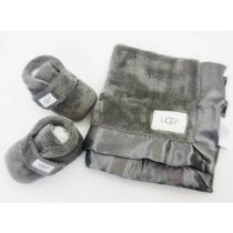 即納UGG Bixbee Bootie and Lovey BlanketベビーギフトセットXS