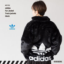 人気話題ファー!adidas Fur Track jackets black