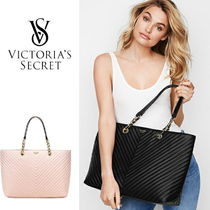 VICTORIA'S SECRET Pebbled V-Quilt Everything Tote Bag BLACK