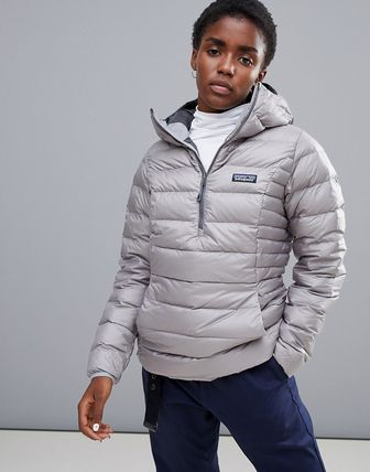 Patagonia Down Sweater Hoody Pullover in Grey
