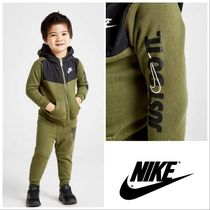 【Nike】Just Do It tセットアップ 上下セット 0ヶ月~3歳 カーキ