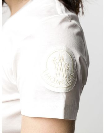 MONCLER Tシャツ・カットソー 【関税込】新作◆MONCLER モンクレール◆袖ロゴ Tシャツ 2色(17)