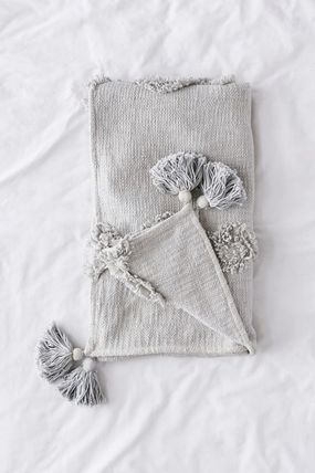 Urban Outfitters ブランケット 【UrbanOutfitters】☆日本未入荷☆ Rosie Tufted Throw Blanket(7)
