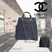 【CHANEL】Large tote Grained calf, eyelet & silver plated