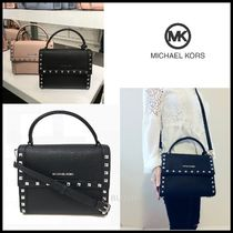 【Michael Kors】 Dillon Messenger スタッズ付き