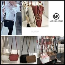 【Michael Kors】 NICOLE TRIPLE COMPARTMENT CROSSBODY