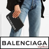 【国内発送】Balenciaga ポーチ Ville textured-leather pouch