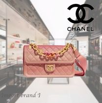 【CHANEL】  Flap bag Grained calfskin, resin & gold metal