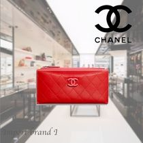【CHANEL】wallet Lamb & silver metal*ポーチred