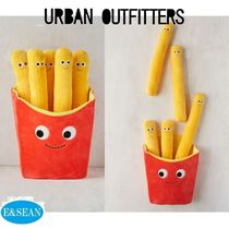 【Urban Outfitters】フレンチフライクッション