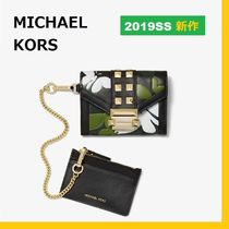 ◆MK◆Whitney Small Butterfly Camo Leather Chain Wallet◆