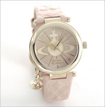 Vivienne Westwood オーブチャーム レディス腕時計 (NUDE PINK)