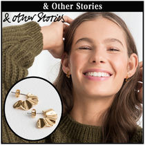 【 & Other Stories 】Ripple Waves Mini ピアス  0510609001