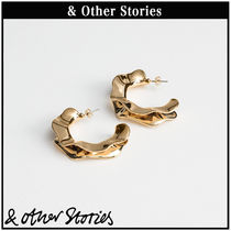 【 & Other Stories 】Rippling Wave フープ ピアス  0482294001