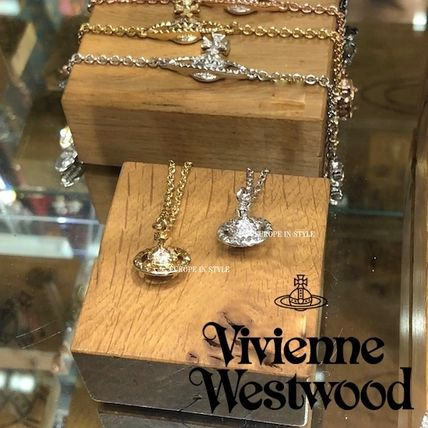 Vivienne Westwood MAYFAIR 3D SMALL ORB ネックレス