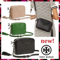 ce9afc50c24c セール 新作 Tory Burch Fleming Distressed Chevron Camera Bag