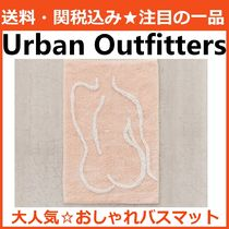 Urban Outfitters 魅せるバスマット 美人柄 後姿 ピンク 綿100%
