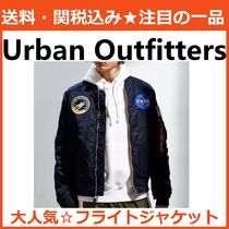 Urban Outfitters すごく軽い! フライト ボンバー ジャケット