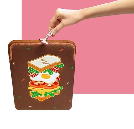 wiggle wiggle スマホケース・テックアクセサリー WIGGLE WIGGLE★Laptop Sleeve - Season6 PCケース(13/15inch)(10)