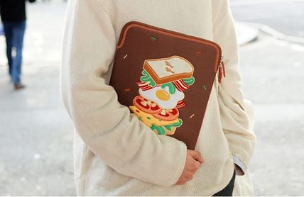 wiggle wiggle スマホケース・テックアクセサリー WIGGLE WIGGLE★Laptop Sleeve - Season6 PCケース(13/15inch)(20)