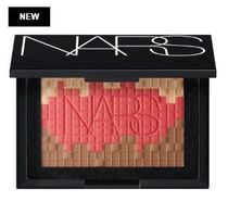 NARS☆限定(Mosaic Multi-Shade Highlighter & Blush)