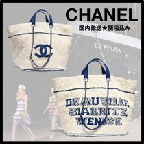 CHANEL DEAUVILLE Cruise Chain Totes