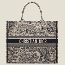 "Dior 刺繍入りキャンバス ""DIOR BOOK TOTE"" バッグ"