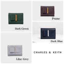 Charles&Keith(チャールズアンドキース) 折りたたみ財布 ■チャールズアンドキース■人気■Bow Detail Wallet■