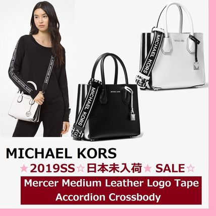 4426875b49baec Michael Kors ショルダーバッグ・ポシェット ◇MK◇Mercer Medium Leather Logo Tape Accordion  Crossbody ...
