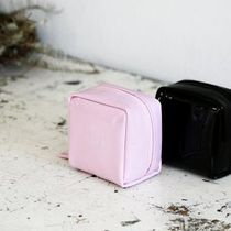【BLANC BLACK】Enamel mini square pouch [2color]
