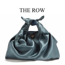 【VERY4月号掲載】THE ROW★The Ascot silk clutch
