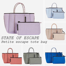 STATE OF ESCAPE//Petite escape tote bag